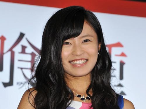 【悲報】こじるり(28)、ギャルAV女優みたいになる
