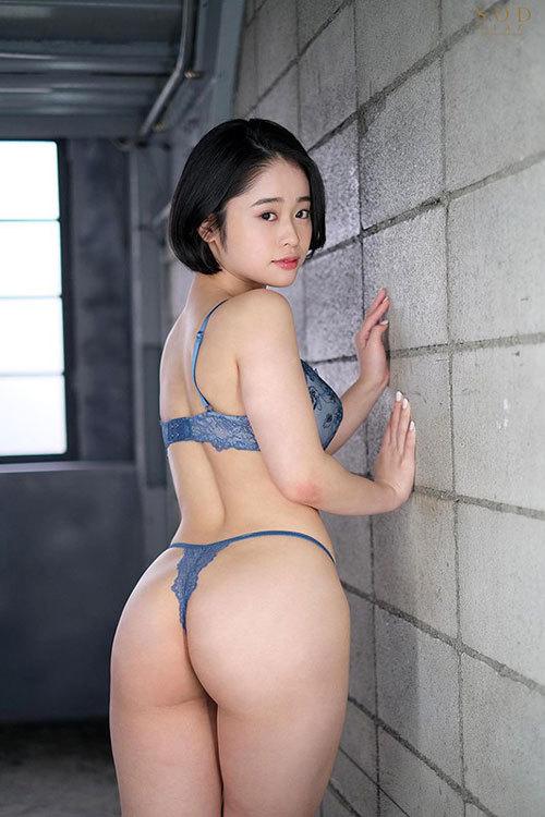 MINAMO 超大型新人 AV DEBUT【圧倒的4K映像でヌク!】3