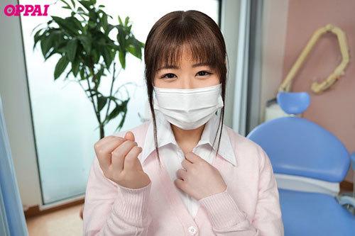 歯科治療中にAVみたいに患者をこっそり射精させているむっつりスケベHカップ歯科衛生士さんデビュー ほむら優音1