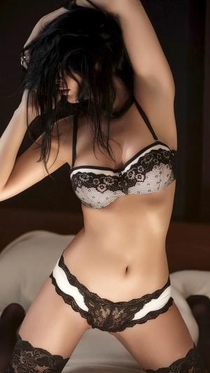 sexybhutdh018.jpg
