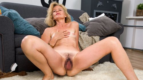 Diana Gold - MATURE BEAUTY