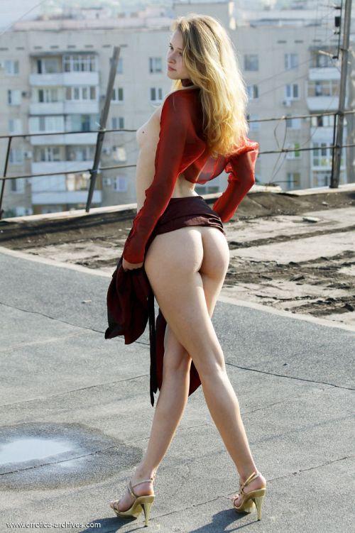 Angela - BURGUN 04