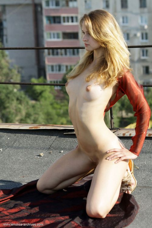Angela - BURGUN 11