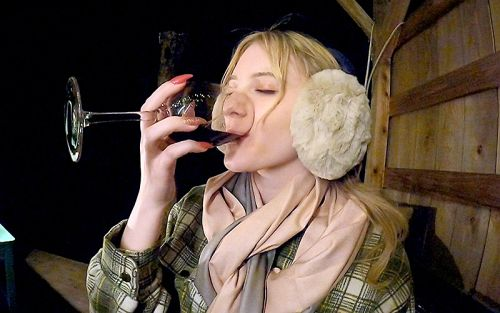 可愛すぎるメロディー・雛・マークス(20歳)【キャンプ芸人】20歳になって初めてのお酒【真性中出し】「酔ってアナルにローター入れちゃったぁ嫌いにならないでね」 09