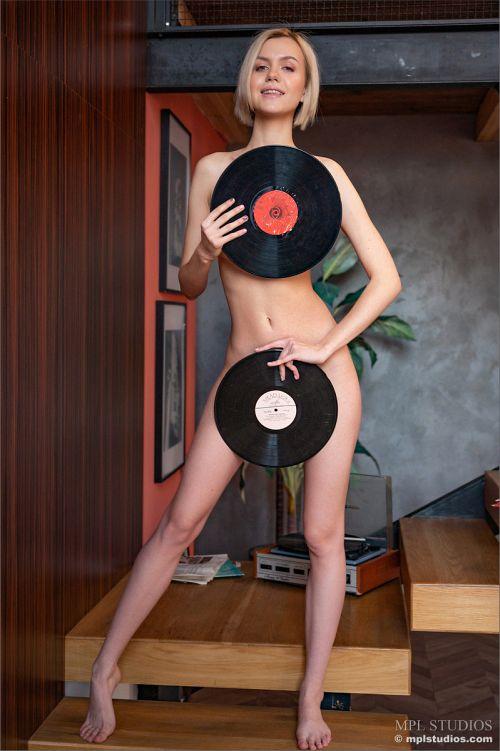 Lana Lane - CAN YOU HEAR THE MUSIC? 08