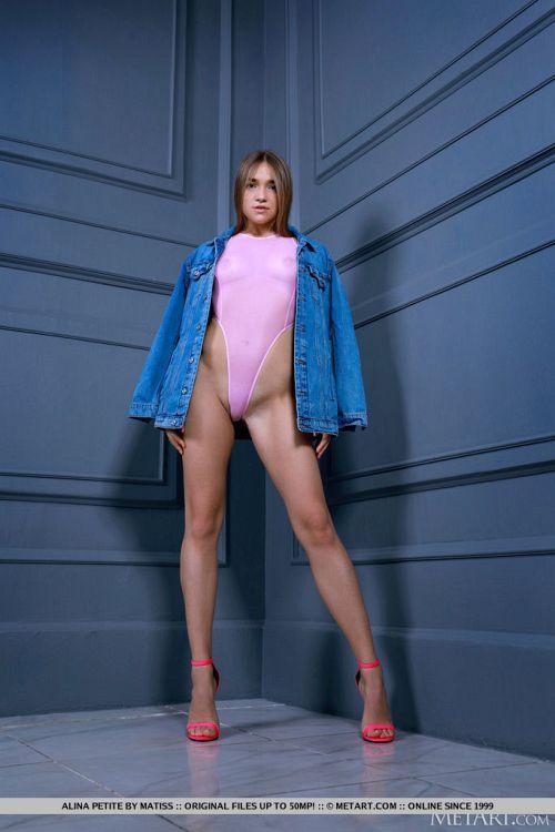 Alina Petite - SEXY FASHION 01