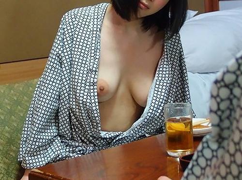 浴衣はだけてる胸チラエ□画像