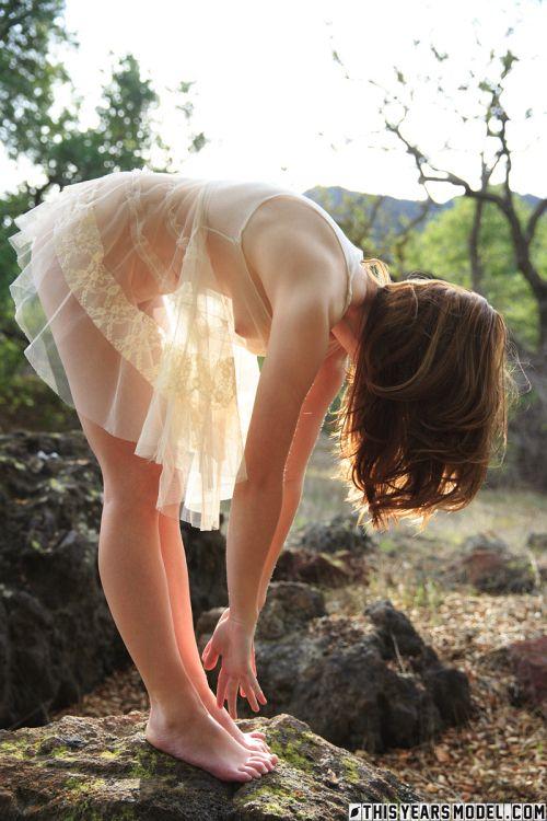 Ellie Jane - ELLIE WEARS A WEIRD DRESS 05