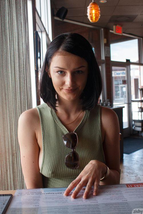 Tracy Maura - AND POLISH SUSHI 04