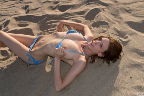 Anya Amsel - VENICE IS CRAZY 08