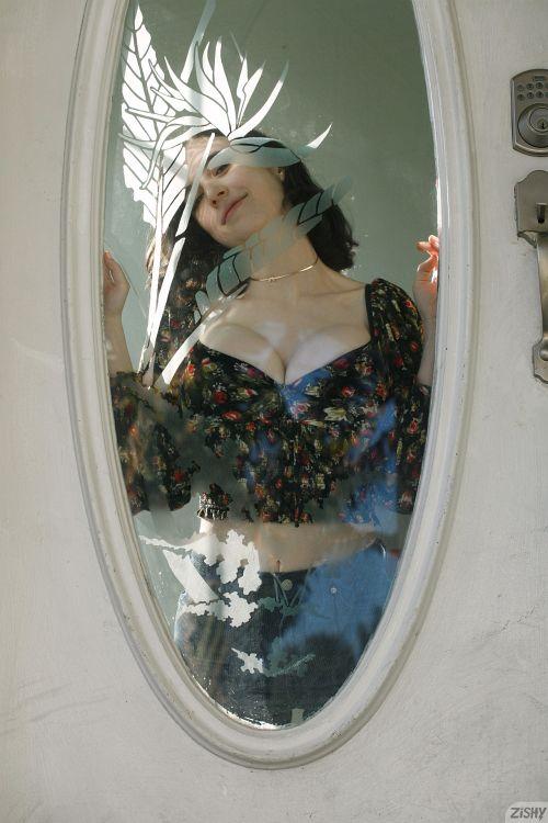 Giulia Wylde - DOUBLE PAIN 03