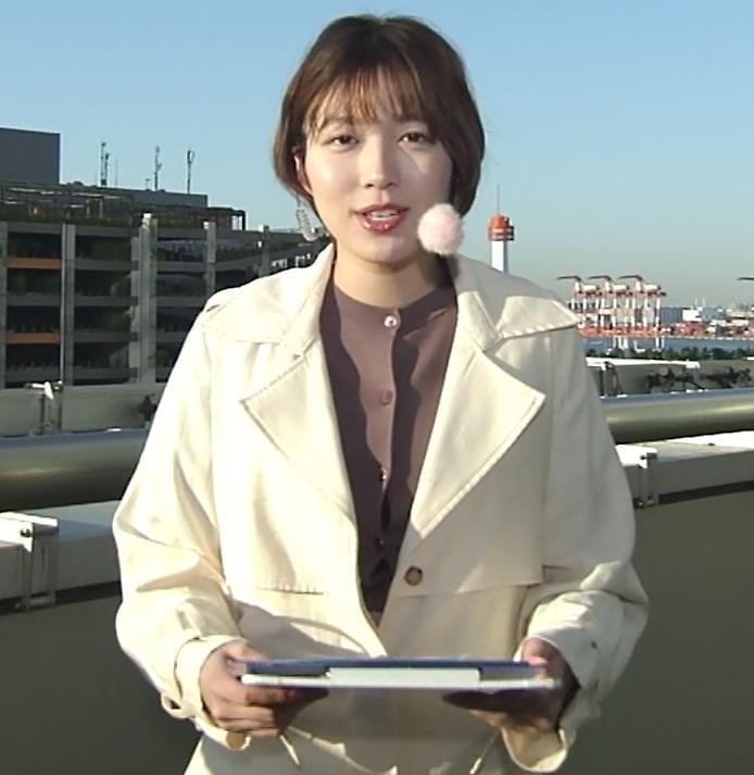 阿部華也子 胸がパツパツの衣装キャプ・エロ画像3