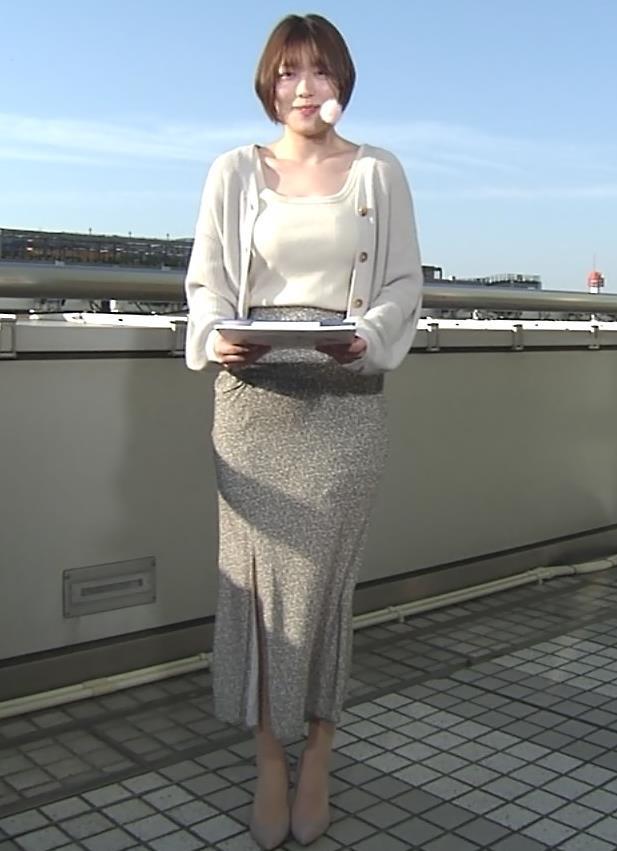 阿部華也子 薄着になってきて衣装がセクシーキャプ・エロ画像3