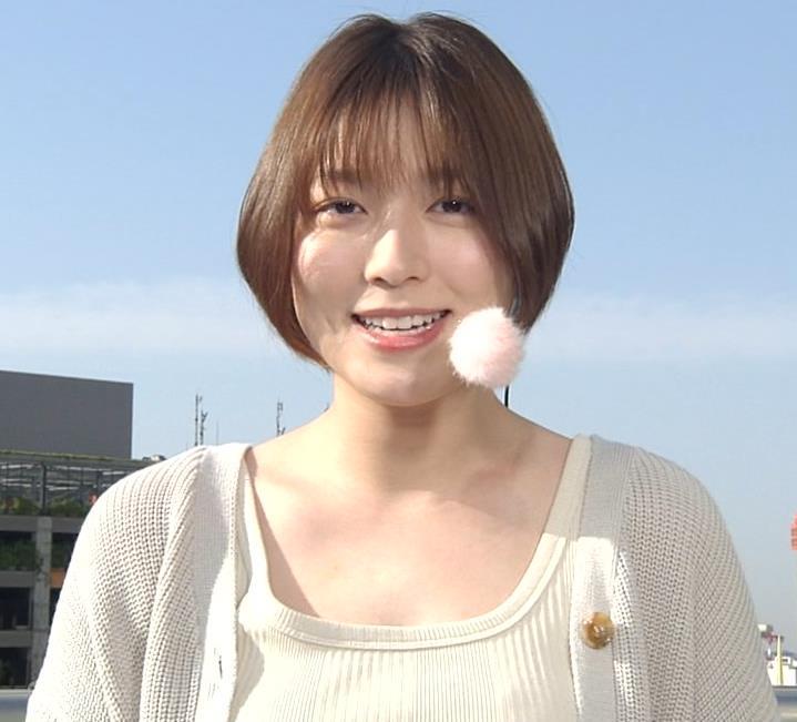 阿部華也子 薄着になってきて衣装がセクシーキャプ・エロ画像6