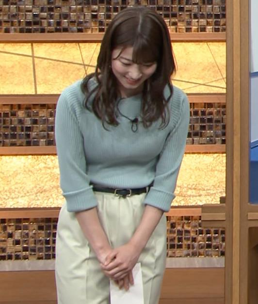 安藤萌々アナ ニットおっぱいキャプ・エロ画像5
