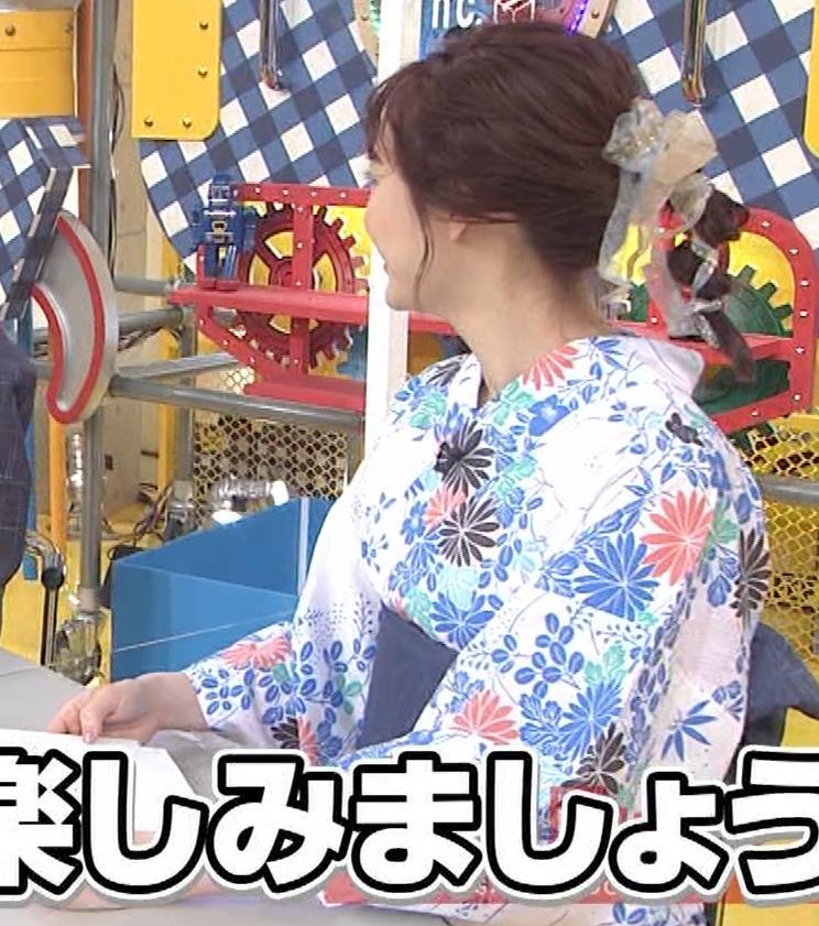 新井絵理奈 浴衣姿、帯におっぱいがのってるキャプ・エロ画像4
