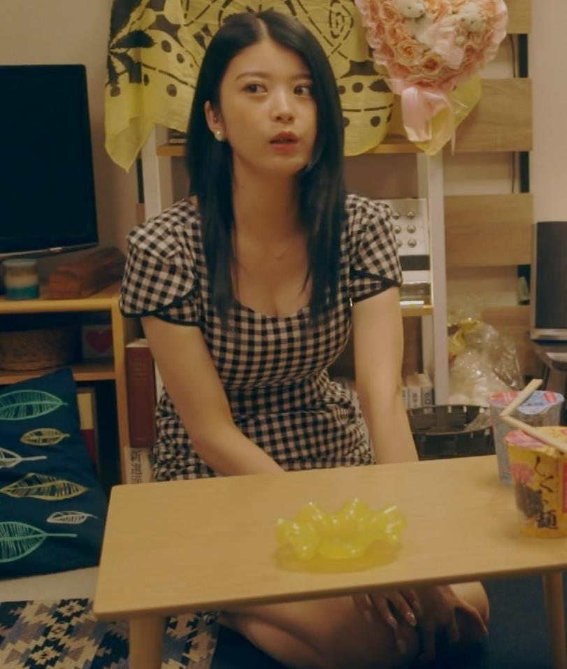 馬場ふみか 脚とかおっぱいとかキスシーンとかのドラマキャプ・エロ画像16