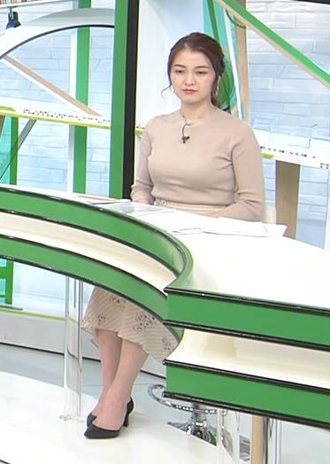 福田典子アナ セクシーなニットおっぱいキャプ・エロ画像5