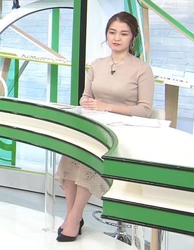 福田典子アナ セクシーなニットおっぱいキャプ・エロ画像6