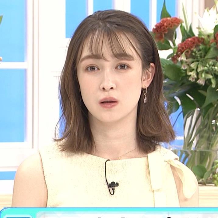 藤井サチ ノースリーブ姿の横乳キャプ・エロ画像13