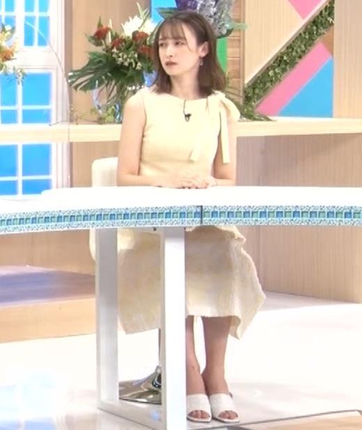 藤井サチ ノースリーブ姿の横乳キャプ・エロ画像6