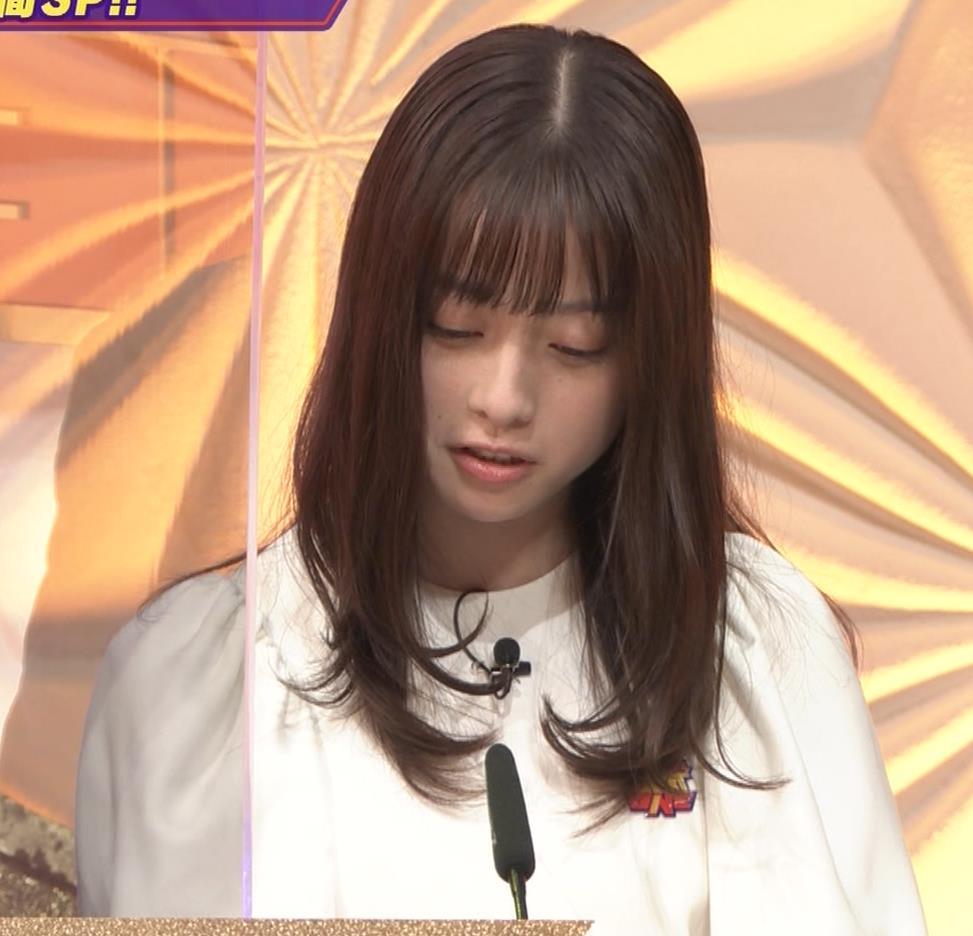 橋本環奈 五輪開会式の生の裏番組でもかわいいキャプ・エロ画像12