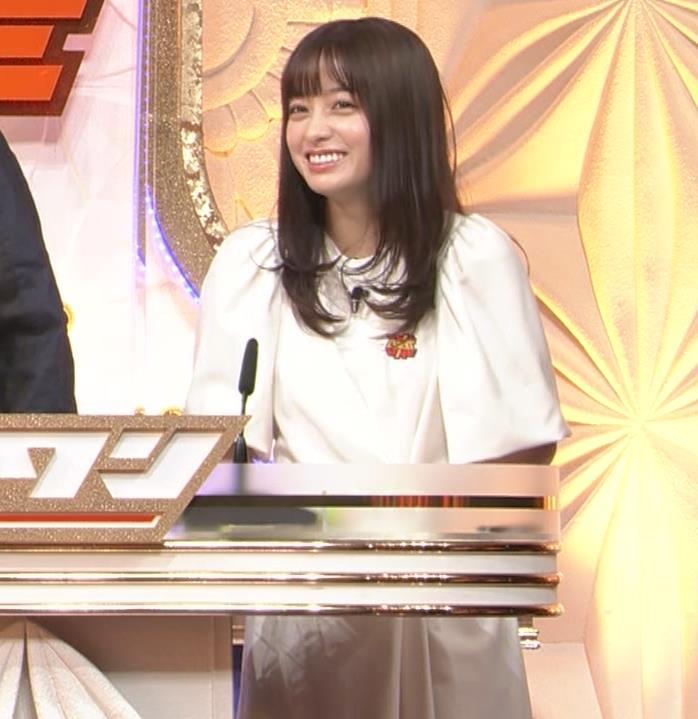 橋本環奈 五輪開会式の生の裏番組でもかわいいキャプ・エロ画像3