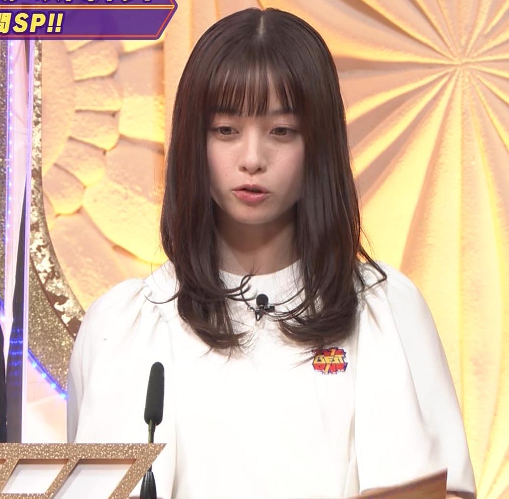 橋本環奈 五輪開会式の生の裏番組でもかわいいキャプ・エロ画像7