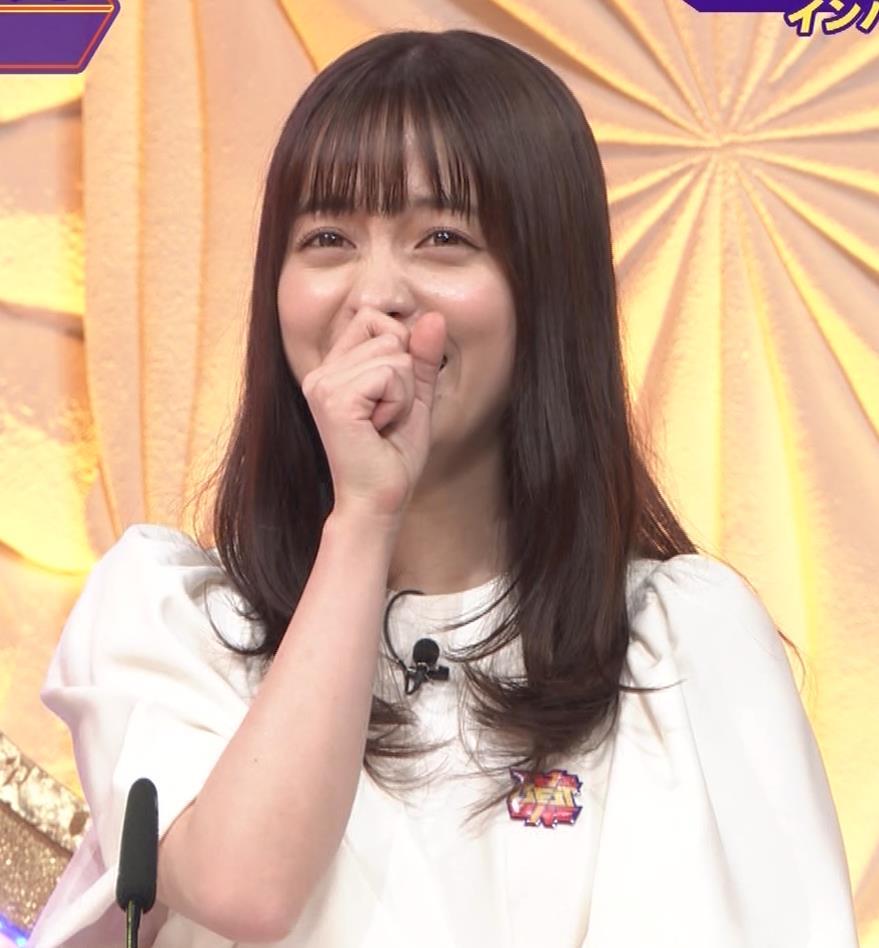 橋本環奈 五輪開会式の生の裏番組でもかわいいキャプ・エロ画像8