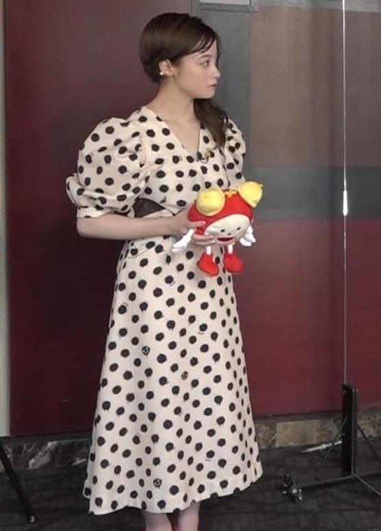 橋本環奈 大人っぽい雰囲気キャプ・エロ画像3