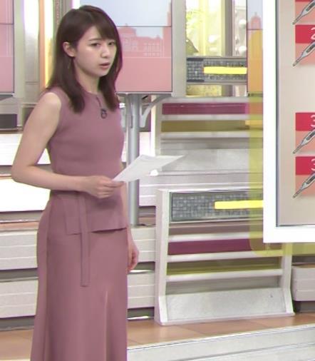林美沙希アナ セクシーなワンピースの横乳キャプ・エロ画像4