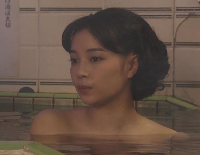 広瀬すず 貴重な入浴シーンキャプ・エロ画像