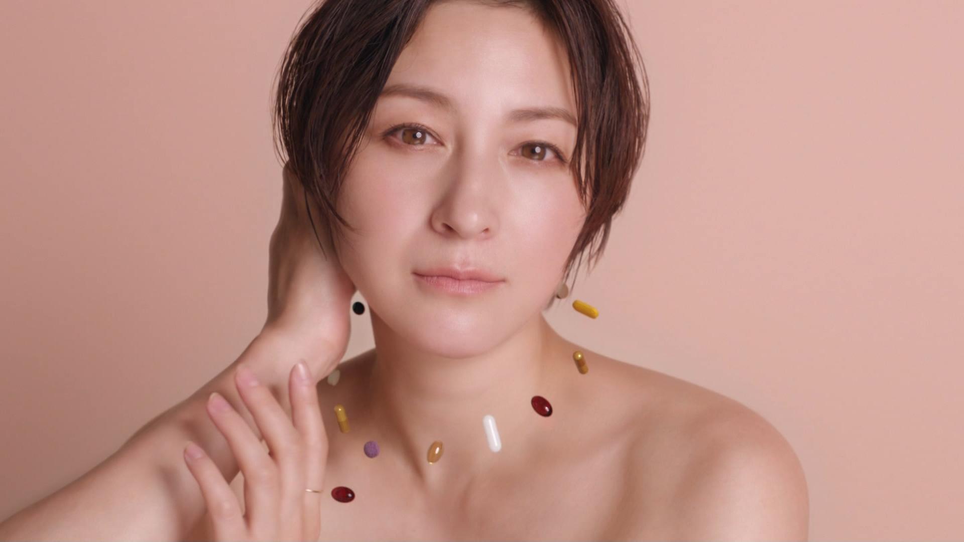 広末涼子 裸のCMが綺麗でエロい(ツルワキ)キャプ・エロ画像10