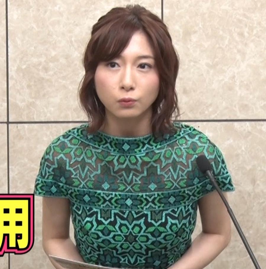 市來玲奈アナ 胸のふくらみキャプ・エロ画像3