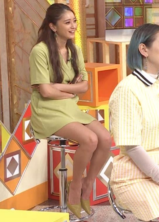 みちょぱ スカートの裾を自分でめくる動画(池田美優)キャプ・エロ画像8