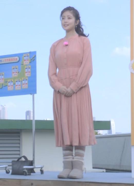 今田美桜 朝ドラでおっぱいが目立ってしまうキャプ・エロ画像10
