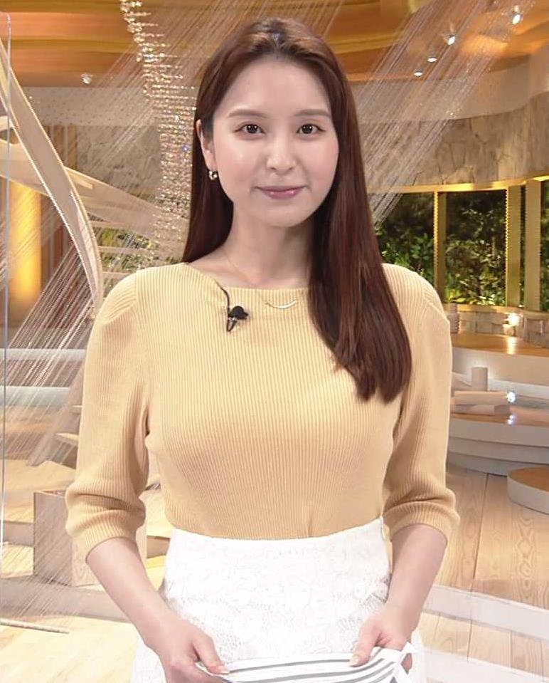 角谷暁子アナ ニット横乳がすごいことになってるキャプ・エロ画像6
