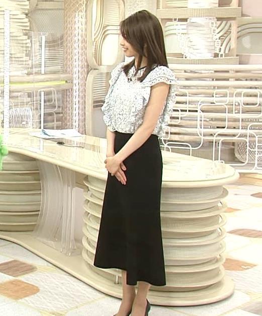 加藤綾子 ノースリーブの二の腕キャプ・エロ画像6