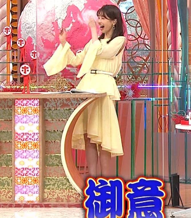 加藤綾子 脚がちょいエロキャプ・エロ画像4
