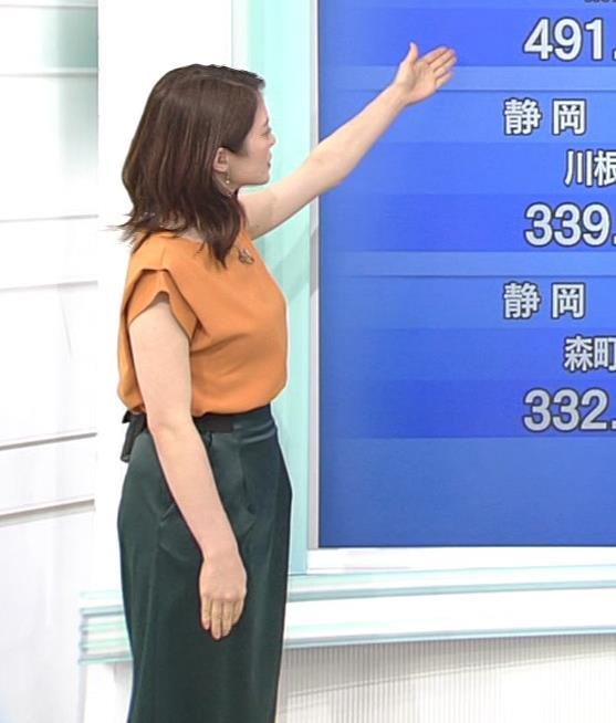 川﨑理加アナ 巨乳横乳キャプ・エロ画像3