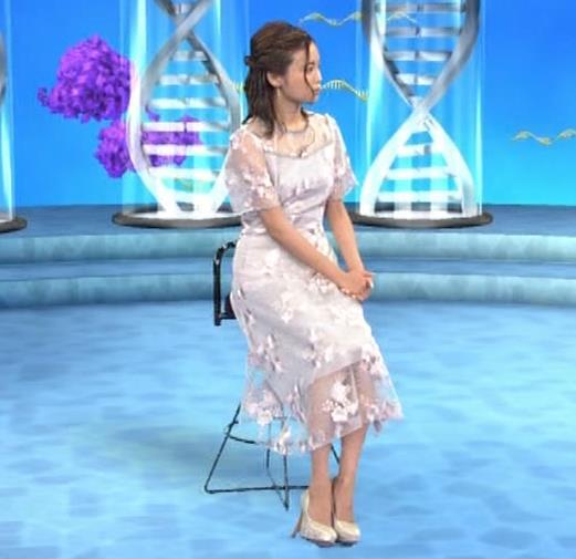 小島瑠璃子 透け透けワンピースキャプ・エロ画像5