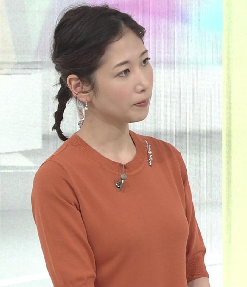 桑子真帆アナ 横乳画像キャプ・エロ画像3