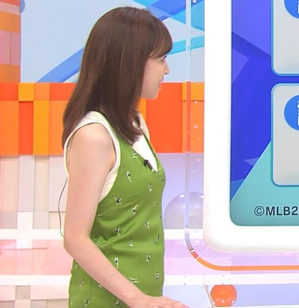 久慈暁子アナ ニットおっぱいをよりエロくする重ね着キャプ・エロ画像11
