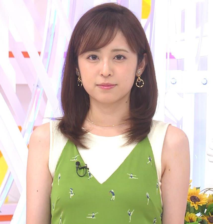 久慈暁子アナ ニットおっぱいをよりエロくする重ね着キャプ・エロ画像5