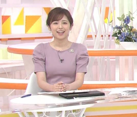 久慈暁子アナ かわいいお辞儀動画(ニットおっぱい)キャプ・エロ画像8