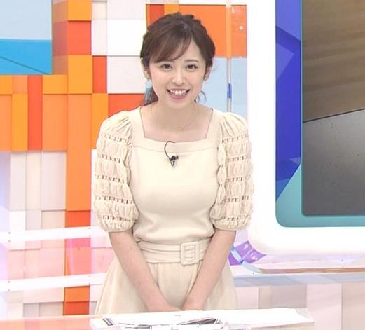 久慈暁子アナ 横乳キャプ・エロ画像6
