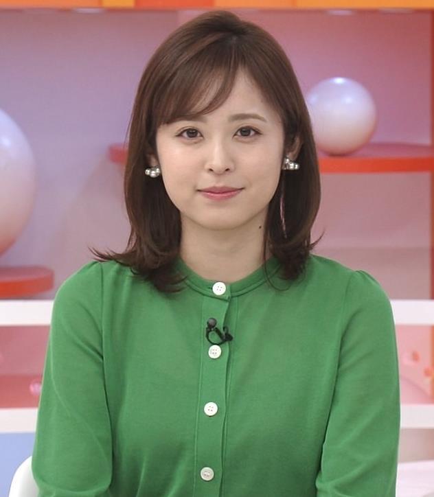 久慈暁子アナ 朝から横乳がエロい放送キャプ・エロ画像11