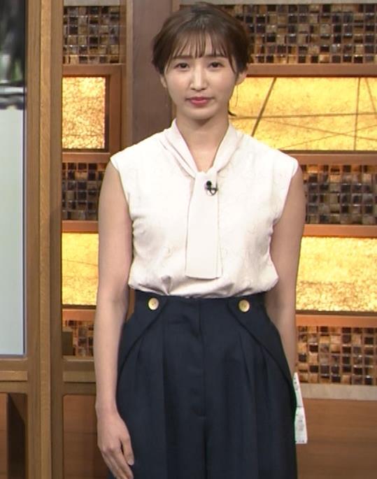 眞家泉  報道ステーションの気象予報士の横乳キャプ・エロ画像3