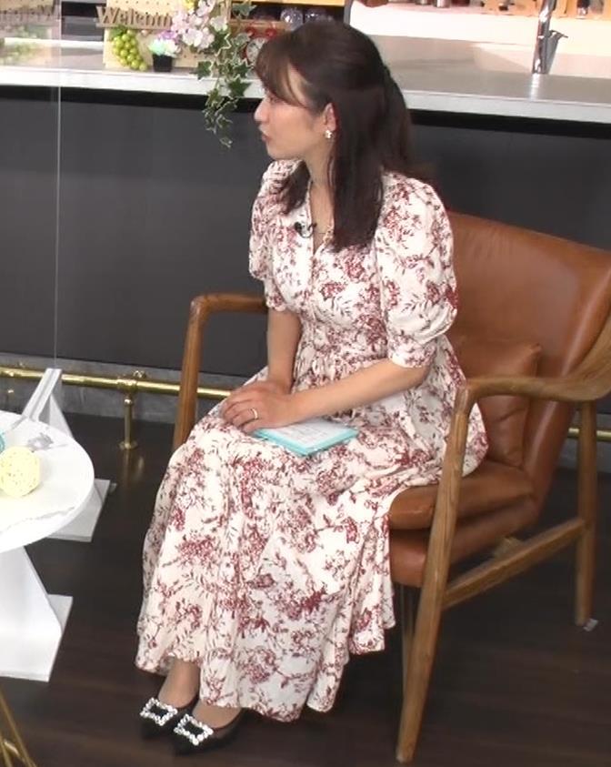 枡田絵理奈 あいかわらず胸は大きそうキャプ・エロ画像
