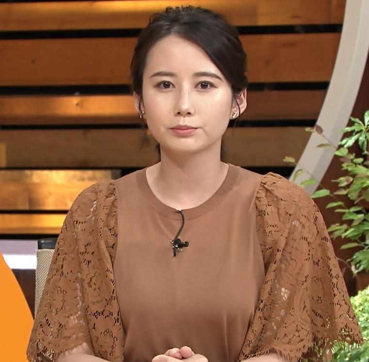 森川夕貴アナ でかい横乳のアップキャプ・エロ画像3